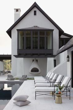 Transitional Chair Layout transitional decor on a budget.Transitional Decor On A Budget. Transitional Living Rooms, Transitional House, Transitional Lighting, Outdoor Spaces, Outdoor Living, Outdoor Seating, Outdoor Pool, Exterior Design, Interior And Exterior