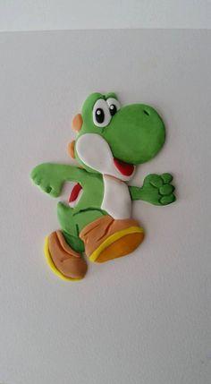 Edible Fondant Nintendo Super Mario Brothers Yoshi cake topper