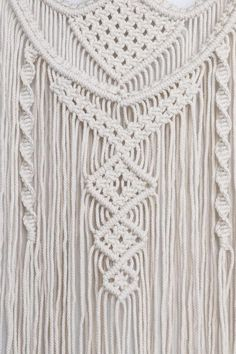 MACRAME WALL HANGING - BOHEMIAN HOME DECOR DESCRIPTION ♥ This macrame wall hanging is handmade and is made of 100% unbleached cotton rope and driftwood. The complexity of the knots as well as different layers makes it a unique product that will give a Bohemian touch to your home