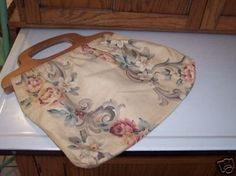 Vintage 1940's Sewing Bag w/ Wood Handles - not basket (06/09/2008)