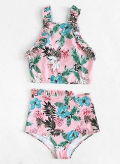 To find out about the Frill Trim Tropical Tankini Set at SHEIN, part of our latest Bikini Sets ready to shop online today! Swimsuits For Teens, Modest Swimsuits, Cute Swimsuits, Justice Swimsuits, Trendy Swimwear, Swimwear Fashion, Bikini Swimwear, Beachwear Clothing, High Neck Bikini Set