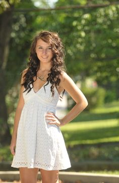 Senior Picture- cute dress and hair too