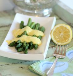 Asparagus with Hollandaise for the #JC100, by Noshing with the Nolands http://noshingwiththenolands.com/julia-childs-asparagus-with-hollandaise-sauce/