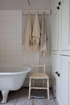 Skapa ett charmigt lantligt badrum med pasteller | Badrumsdrömmar