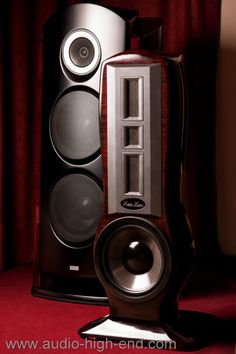 audio high-end loudspeakers, hi end audio, audio hi end, hi end amplifier, home cinema, hi fi, Ipod, Itunes, facebook, lamborgini, ferrari, the best amplifier and loudspeakers, hi end audio, audio hi end