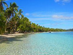 Südsee-Traum - ein Archipel mit über 300 Inseln: die Fidschis #fiji #fidschi #travel #reisen #reisenmachtglücklich #individualreise #reise #traumstran #schönsterstrand #boot #südsee #inseln