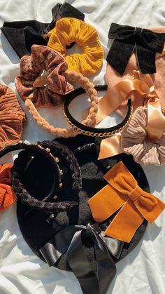 Scrunchies, Band, Accessories, Fashion, Moda, Sash, Fashion Styles, Fashion Illustrations, Bands