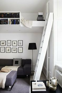 Awesome Efficient Tiny Loft Apartment Decorating Ideas - Page 46 of 57 Adult Loft Bed, Loft Apartment Decorating, Loft Bed Studio Apartment, Apartment Ideas, Apartment Design, Loft Bed Plans, Tiny Loft, White Staircase, Tiny Apartments