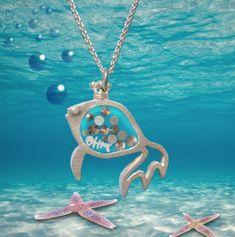 Silberschmuck mit Glitzersteinchen und Fischgrat im Bauch. The Crown, 3d Printing, Pendant Necklace, Fish, Prints, Jewelry, Silver Jewellery, Craft Gifts, Stones