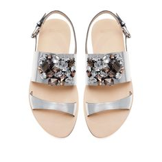 Zara Metallic Sandals With Rhinestones ($80) ❤ liked on Polyvore featuring shoes, sandals, flats, silver, flat pumps, rhinestone sandals, metallic flats shoes, metallic flats and metallic shoes