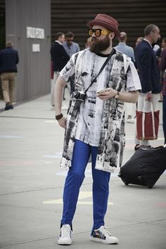 Chic & Unchic: lo street style a Pitti 90 - VanityFair.it