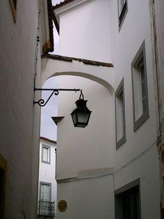 Street Lamp, Portuguese, Track Lighting, Lamps, Ceiling Lights, Design, Home Decor, Night Lamps, Lightbulbs