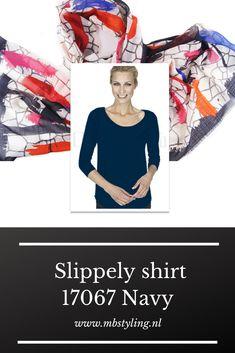 Dit blauwe crêpe viscose Slippely shirt heeft driekwart mouwen, een brede, hogere halslijn, een afgeronde onderkant en is recht vallend van model. Het navy Slippely shirt is gemaakt van 93% viscose en 7% elastan. Viscose draagt net zo prettig als katoen terwijl de stof zachter en soepeler is en zijdeachtig aanvoelt.  #slippely #shirt #slippelyshirt #onlineslippelyshirt #slippelyshirtonline #mbstyling #blauwslippelyshirt #slippelywebshop Navy, Movies, Movie Posters, Hale Navy, Films, Film Poster, Cinema, Old Navy, Movie