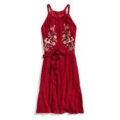 Outfit Ideas To Make You More Fashionable | Stitch Fix Style-- not the color but the dress Cute Red Dresses, Super Cute Dresses, Stylist Pick, Vacation Dresses, Stitch Fix Stylist, Fashion Stylist, Floral Embroidery, Fashion Watches, Fashion 2017