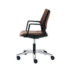 """Sedus: Market launch of """"swing up"""" – This new take on the swivel chair offers unprecedented mobility possibilities The new """"swing up"""" from Sedus.."""