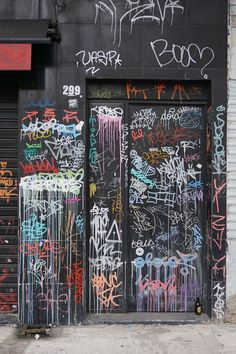 Discover our gallery of 1259 Tags pictures of graffiti and street-art. Graffiti Designs, Images Graffiti, Graffiti Kunst, Graffiti Words, Graffiti Wall Art, Graffiti Tagging, Graffiti Lettering, Street Art Graffiti, Graffiti Wallpaper