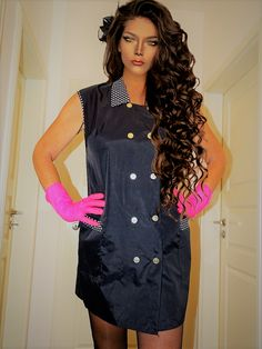 Staff Uniforms, You Are Beautiful, Dressers, Blouse, Hairdresser, Sexy, Cape, Overalls, Cosmetics