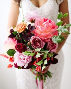 Beautiful blooms for this day!!! ������ #Pink #Fuchsia  #Spring #Summer #Inspiration #Bride #Groom #Bouquet  #NYCBride #NYC #Brooklyn #LongIsland  #Marriage #Ring #Bridal #Engaged #WeddingInsp #Love #WeddingInspiration #WeddingGown #Rose #Gold #Cake #BridalShoes #Weddings #LunaluxeLifestyle http://gelinshop.com/ipost/1521132652206289389/?code=BUcJhZ_APHt