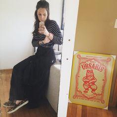 Misturando listra com onça sim porque segundo a stylist @mariella.estilo, animal print é elemento neutro  hoje é dia de @casacor_oficial