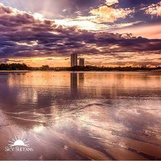 CONGRATULATIONS   Today's next featured artist is:  @david_tomek  Thank you for sharing this fabulous sky shot with us  Please support this talented artist by visiting their gallery  Photo selected by Mod @hawkesbury_photography  Admin @nickersxxoo Kik nickersxxoo The Team @mountainbikekeith @hawkesbury_photography @anitaski @studlifenorway @godsprop @georginaography @alexvazquez001 @staring_at_the_sea_     For a chance to be featured follow and tag:  @sky_sultans #sky_sultans Follow…