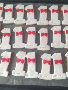 Papyon figürlü kurabiye Sugar, Cookies, Desserts, Food, Crack Crackers, Tailgate Desserts, Deserts, Biscuits, Essen