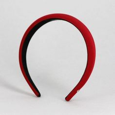 A classic: our best-selling Faustine headband silhouette is here in the most gorgeous silk satin fabric.This hair accessory is super on-trend this season, and Faustine is ou Green Velvet, Black Velvet, Snow White Halloween Costume, Silk Satin Fabric, Red Headband, Velvet Scrunchie, Work Hairstyles, Velvet Hair, Hair Slide