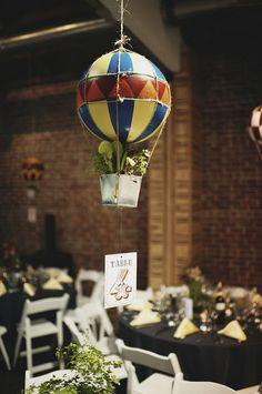 Des montgolfières suspendues !