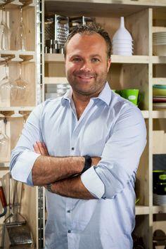 Jonathan Garnier - Chef à la rescousse! Le Chef, Chefs, Chef Jackets, Cook, Shirt Dress, French, Tv, Mens Tops, Shirts