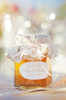 honey wedding favours with lace jar topper