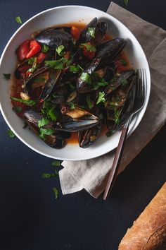 Spicy Steamed Mussels | The Tart Tart