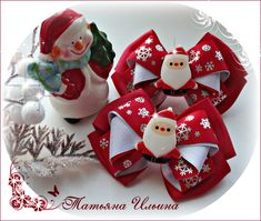 Christmas Bows, All Things Christmas, Winter Christmas, Merry Christmas, Christmas Ornaments, Cute Crafts, Diy And Crafts, New Year Hairstyle, Baby Hair Clips