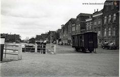 tramwagon op de Bierkade 1-07-1955