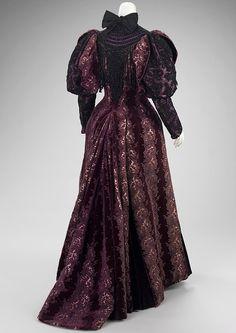 1894 - House of Worth - Found on fashioninhistory.tumblr.com via Tumblr