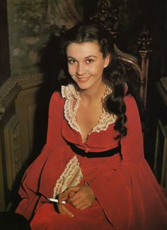 Vivien Leigh on the set of Gone with the Wind  Sucha shame she was a skitzo :(