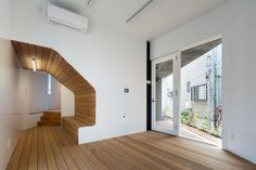 Gallery of Kitasenzoku Apartment / Tomoyuki Kurokawa Architects - 10