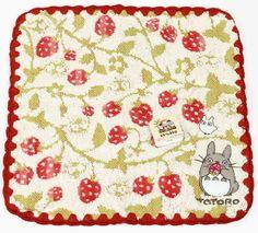 Mein Nachbar Totoro Mini-Handtuch Erdbeeren - mrbento.de