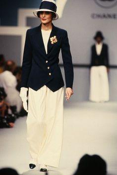 Chanel Fashion Show 80s