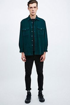 Urban Renewal Vintage Customised Cord Shirt in Forest Green - Urban Outfitters