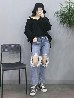 Kpop Fashion Outfits, Ulzzang Fashion, Korean Outfits, Girl Outfits, Casual Outfits, Fashionable Outfits, Fashion Clothes, Korean Street Fashion, Korea Fashion