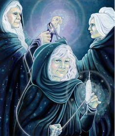 Mitologia Grega: As Moiras ou Parcas. Eram as três irmãs que determinavam o destino, tanto dos deuses, quanto dos seres humanos.