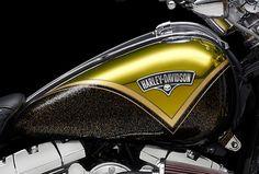 Custome paint designs for harley Harley Davidson Decals, Motos Harley Davidson, Custom Harleys, Custom Bikes, Custom Motorcycle Paint Jobs, Custom Tanks, Harley Bikes, Bobber Motorcycle, Honda