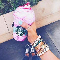 You definitely need the unicorn bangle to go with that unicorn frappuccino!!   #unicorn #unicornfrappuccino #starbucks #alexandani #jewelry #jewelryboutique #coffee #frappuccino