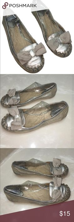 Kate Spade signature bow matte gold leather flats8 Authentic Kate Spade signature bow matte gold leather flats sz 8 has some areas that are faded and scuffs light creasing in leather sold as is final lowest price listed please no offers kate spade Shoes Flats & Loafers