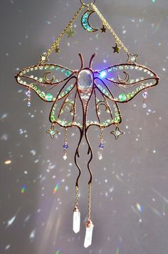 Angel Aura Quartz, Quartz Crystal, Little Plants, Wire Crafts, Copper And Brass, Room Decorations, Wire Art, Boho, Stars And Moon