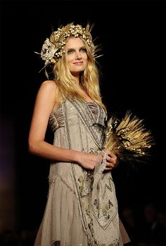 Beautiful Anna Sui boho wedding dress. Gorgeous detail. Very pretty head piece and bouquet.