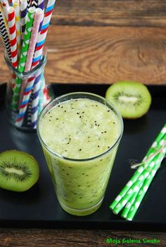 Celery Smoothie, Smoothie Drinks, Fruit Smoothies, Healthy Smoothies, Homemade Protein Shakes, Easy Protein Shakes, Protein Shake Recipes, Weight Loss Smoothies, How To Lose Weight Fast