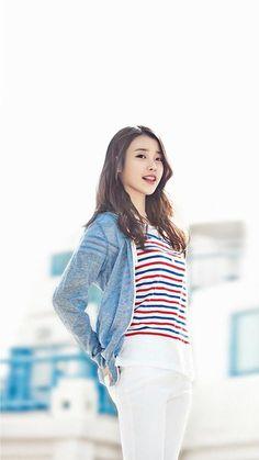 Lee Ji Eun * IU * : 이지은 * 아이유 * Iu Fashion, Korean Fashion, Fashion Models, Korean Beauty, Asian Beauty, Iu Twitter, K Pop, Korean Actors, Asian Woman