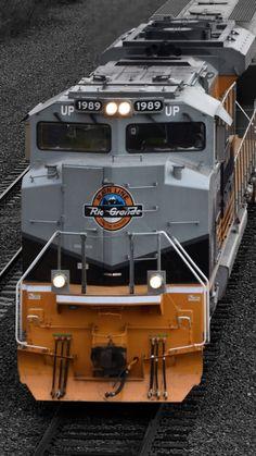 Union Pacific Train, Union Pacific Railroad, Old Steam Train, Rail Transport, Ferrari, Railroad Photography, Old Trains, Train Pictures, Train Engines
