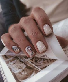 Image about nails in *-* by Pikria Kuparadze on We Heart It Minimalist Nails, Gorgeous Nails, Pretty Nails, Hair And Nails, My Nails, Nail Manicure, Nail Polish, Subtle Nails, Work Nails
