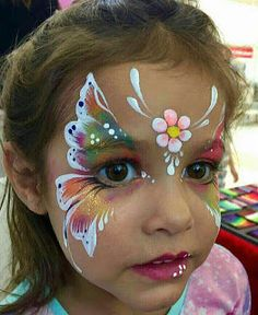 Are you in search of ideas for face painting for parties? Then check out our pick of 30 designs for face painting for kids! Girl Face Painting, Face Painting Designs, Paint Designs, Body Painting, Face Painting Tips, Dinosaur Face Painting, Diy Face Paint, Painting Tattoo, Painting Tutorials